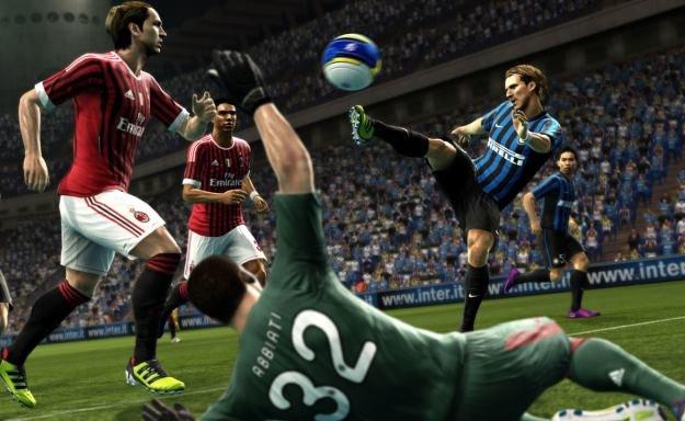 Pro Evolution Soccer 2013 - motyw graficzny /materiały prasowe