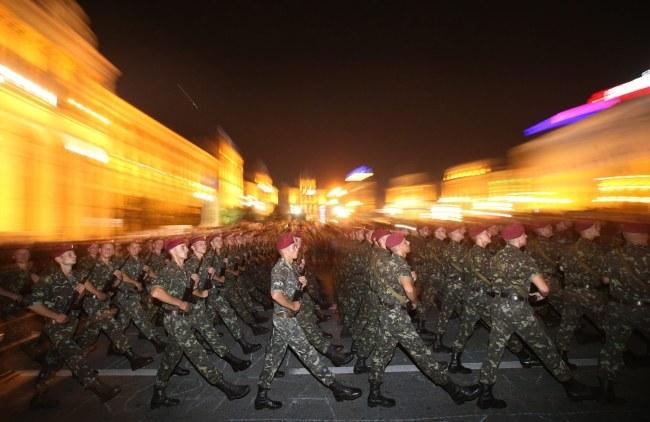 Próba generalna przed niedzielną defiladą z okazji Dnia Niepodległości Ukrainy w Kijowie /TATYANA ZENKOVICH  /PAP/EPA