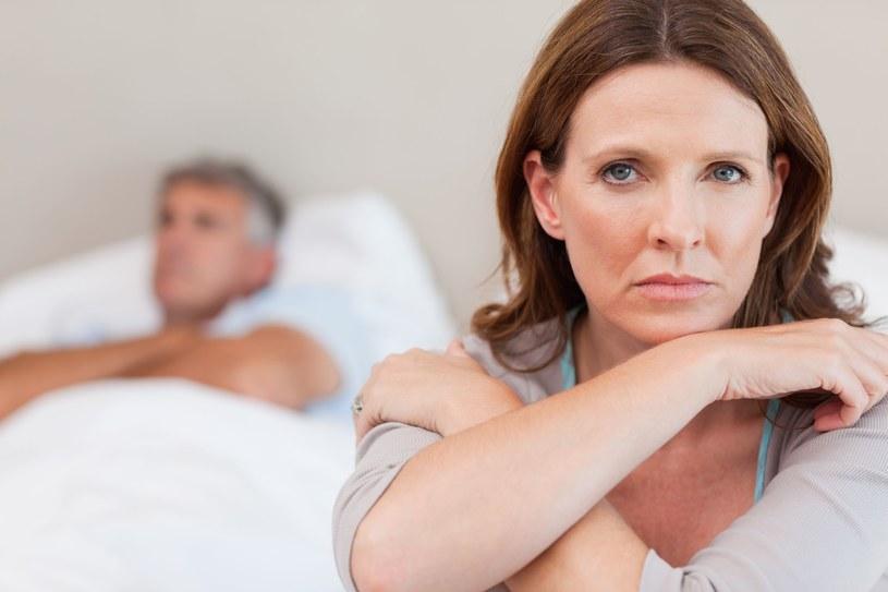 Problemy intymne rzutują na życie seksualne pary /©123RF/PICSEL