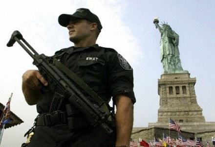 Proceder swatingu staje się w USA coraz większym problemem /AFP