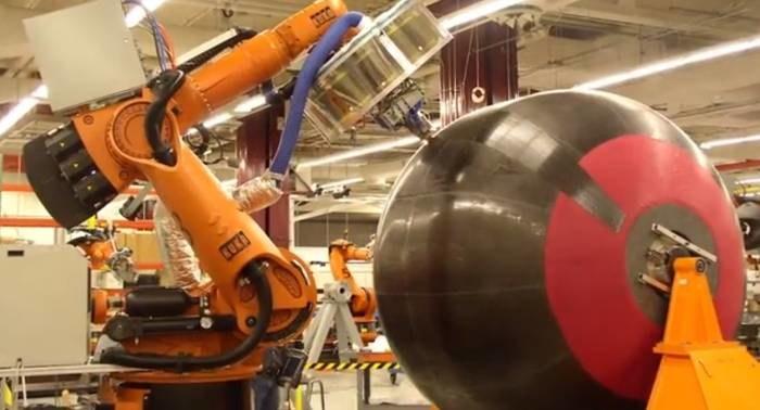 Produkcja kompozytowego zbiornika na paliwo kriogeniczne /NASA