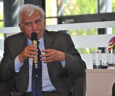 Prof. Adam Rotfeld: UE rządzą urzędnicy