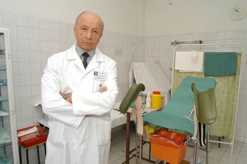 Prof. dr hab. med. Bogdan Chazan - konsultant krajowy w dziedzinie położnictwa i ginekologii. /Krzysztof Wojda /Reporter
