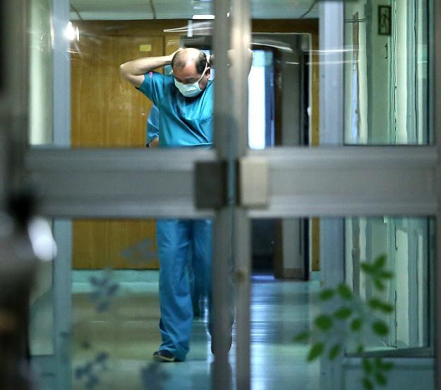 Profesor Bohdan Maruszewski z Kliniki Kardiochirurgii Centrum Zdrowia Dziecka/fot. Tomasz Gzell /PAP
