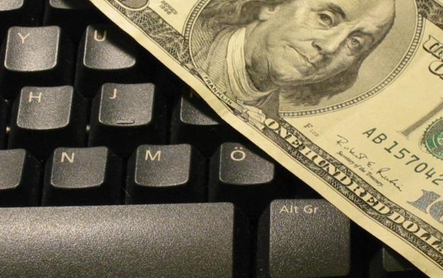 Programy wyłudzające pieniądze to norma w internecie   fot. Eylem Culculoglu /stock.xchng