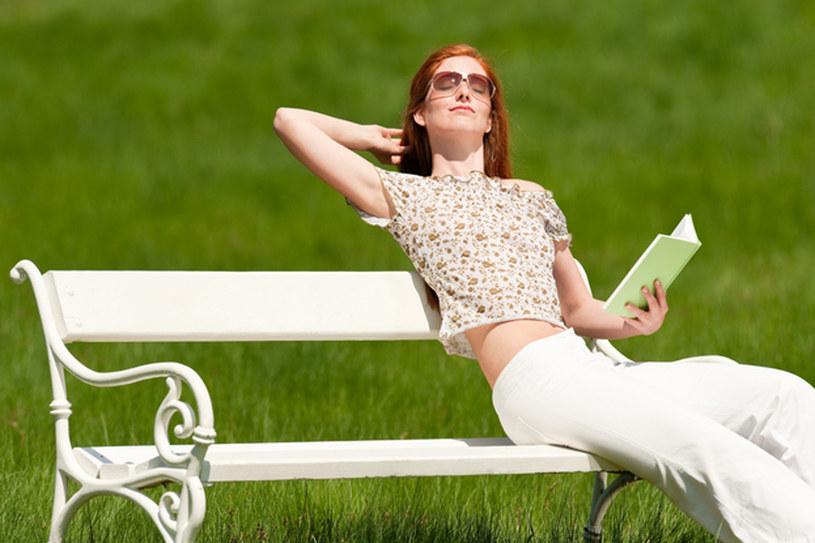 Promienie słoneczne wzmacniają odporność, poprawiają przemianę materii oraz... humor  /© Panthermedia