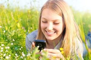 Promocja Plus: W Unii jak w domu - 29 groszy za połączanie lub SMS w roamingu