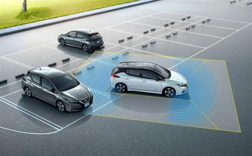 ProPILOT Park ma zapewniać precyzyjne parkowanie /INTERIA.PL/informacje prasowe
