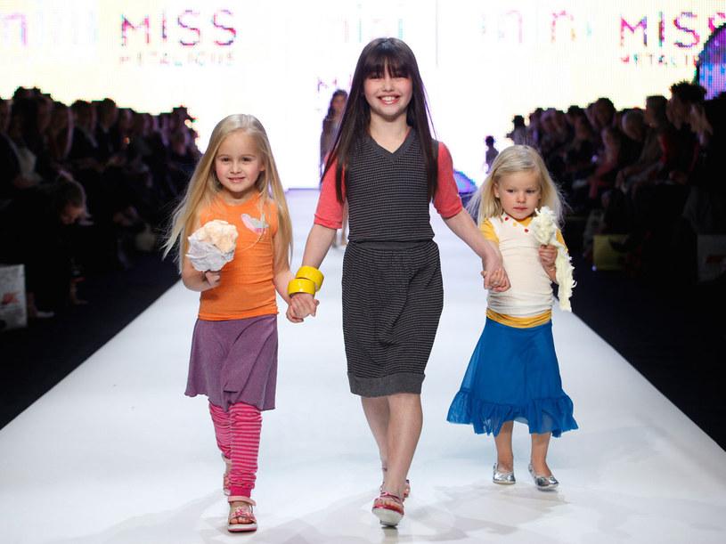 Prości ludzie wydają fortunę na markowe ciuchy dla swoich dzieci-gwiazd  /Getty Images/Flash Press Media