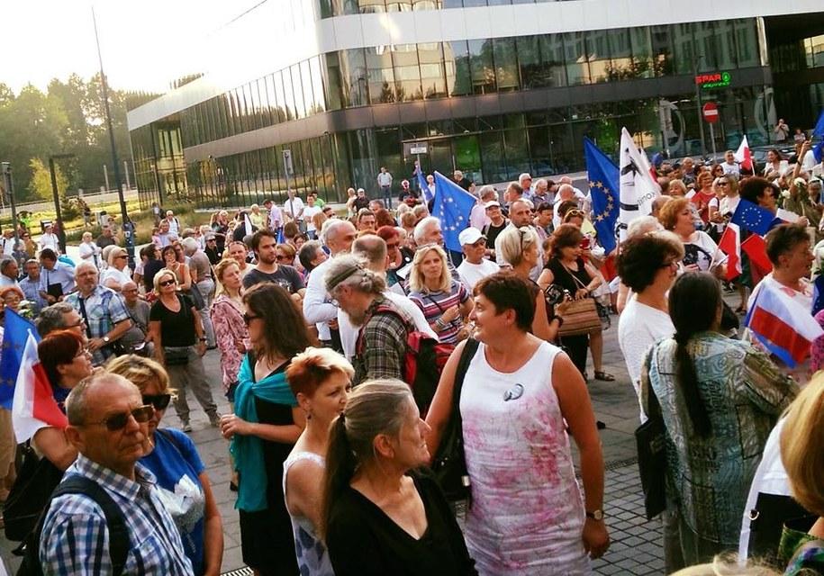 Protest 11 czerwca przed sądem w Krakowie /KOD Małopolska /