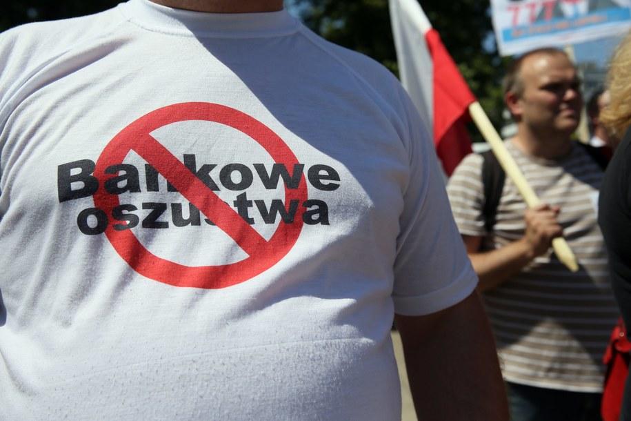 Protest frankowiczów w Warszawie /Tomasz Gzell /PAP