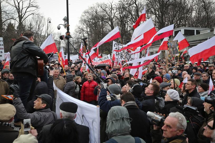 Protest przed ambasadą /Rafał Guz /PAP