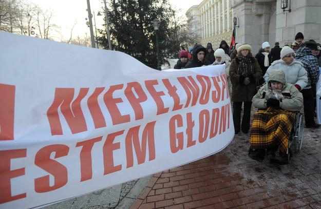 Protest rodziców niepełnosprawnych dzieci w Warszawie /Bartłomiej Zborowski /PAP