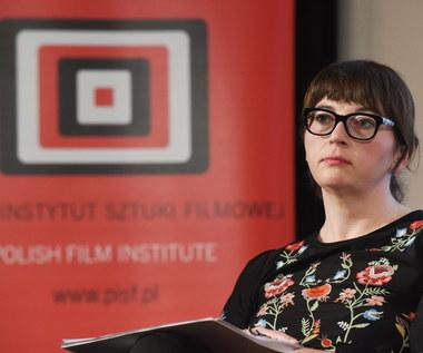 Protest w obronie dyrektor PISF Magdaleny Sroki
