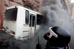 Protestujący okupują ratusz w Kijowie