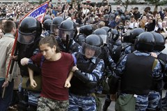 Protesty rosyjskiej opozycji. Tysiac osób zatrzymanych