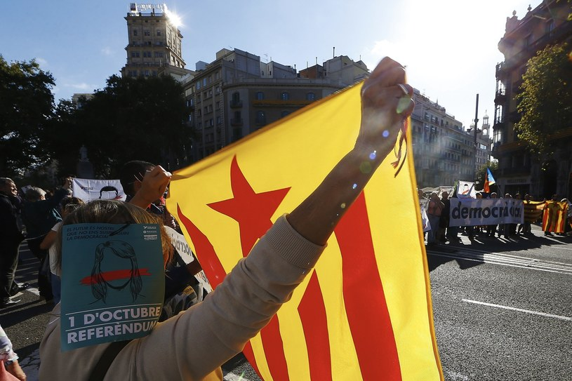 Protesty w Katalonii /ALEJANDRO GARCIA  /PAP/EPA
