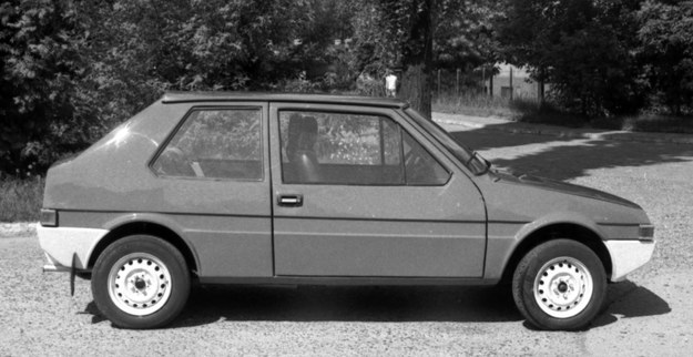 """Prototyp samochodu nazwanego roboczo """"1,2"""", widok z boku /Archiwum Tomasza Szczerbickiego"""