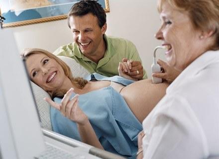 Przeczytaj instrukcję, jak bez lęku i obaw, wkroczyć na salę porodową