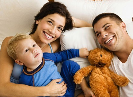 Przeczytaj jak najbezpieczniej wzmocnić odporność swojego maluszka /ThetaXstock
