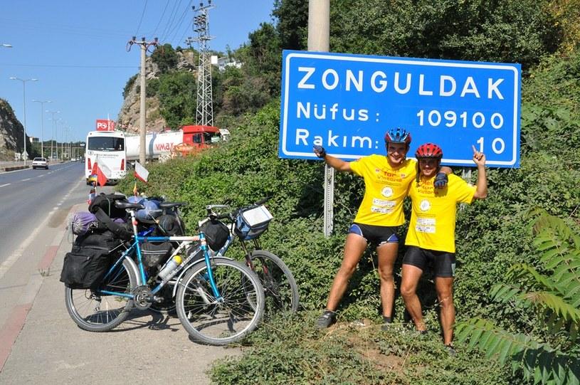 """Przed dwoma laty akcja """"Złotówka za kilometr"""" dotarła do tureckiej miejscowości Zonguldak /INTERIA.PL"""