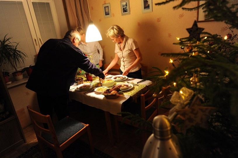 Przed świętami 13,5 mln polskich rodzin wyda łącznie 20,1 mld zł /Lech Gawuc /Reporter