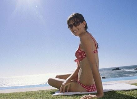 Przed wyjściem na słońce trzeba zabezpieczyć skórę /ThetaXstock
