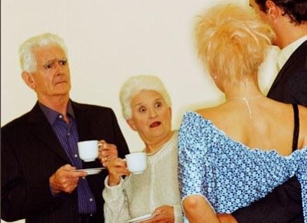 Przedsiębiorcza staruszka kusiła turystów pączkami, by później ich okraść