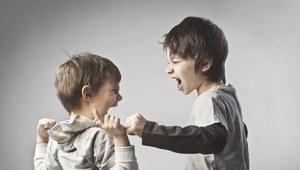Przedszkolak bije kolegów!