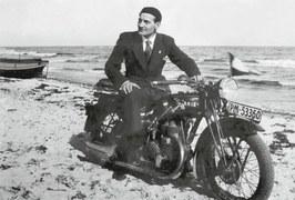 Przedwojenne samochody i motocykle