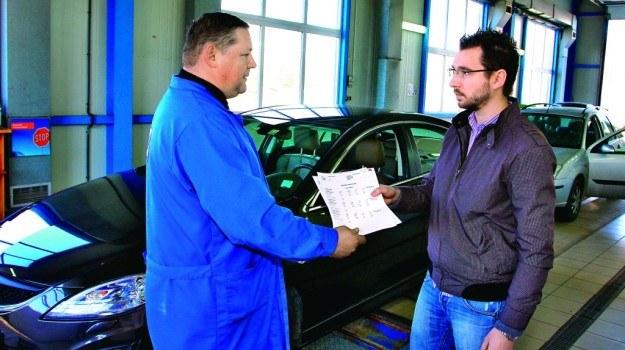 Przegląd bez dowodu rejestracyjnego wymaga stosownego zaświadczenia z policji. /Motor