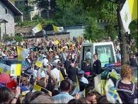 Przejazd papieża przez Skawinę /RMF