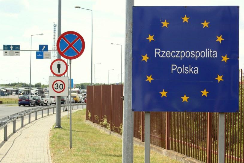 Przejście graniczne w Dorohusku /Artur Sasik /East News