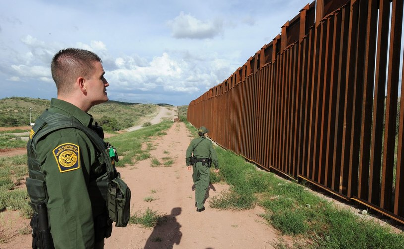 Przejście graniczne /AFP