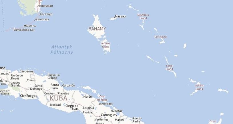 Przeładowany jacht prawdopodobnie trafił na rafę w pobliżu wyspy Staniel Cay, 125 km od stolicy Bahamów, Nassau. /Mapy.interia.pl /INTERIA.PL