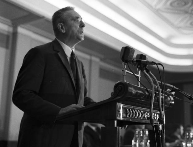 Przemówienie Edwarda Gierka na plenum Komitetu Centralnego Polskiej Zjednoczonej Partii Robotniczej /Z archiwum Narodowego Archiwum Cyfrowego
