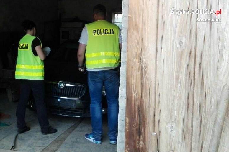 Przestępcy ukrywali auta na prywatnych posesjach /slaska.policja.gov.pl/ /