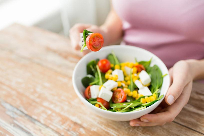 Przestrzegając wszystkich założeń diety, możesz stracić nawet 5 kilogramów w ciągu tygodnia. Po miesiącu schudniesz do 10 kg. /123RF/PICSEL