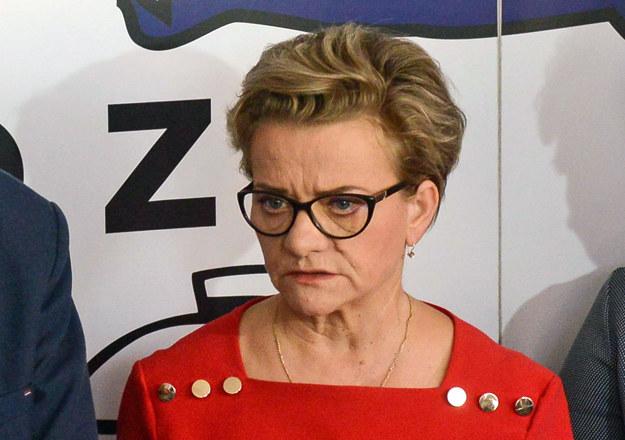 Przewodnicząca związku pielęgniarek i położnych Krystyna Ptok /PAP