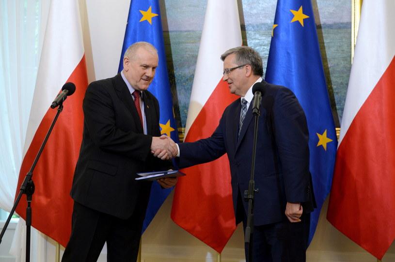 Przewodniczący OPZZ Jan Guz i prezydent Bronisław Komorowski /Jacek Turczyk /PAP