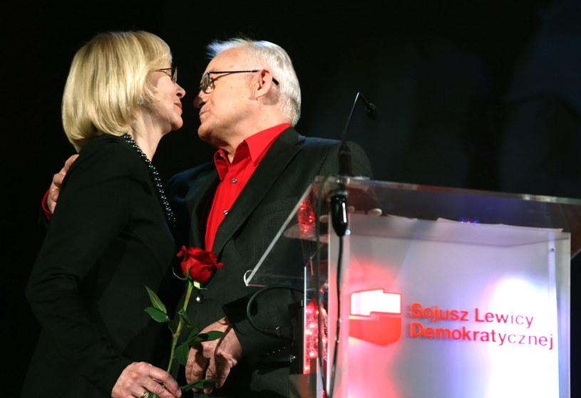 Przewodniczący SLD Leszek Miller z żoną Aleksandrą /Tomasz Gzell /PAP