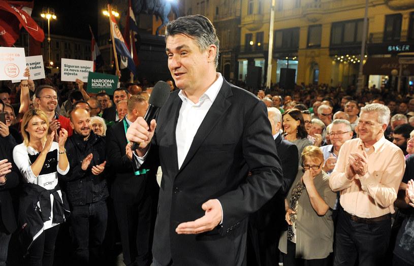 Przewodniczący Socjaldemokratycznej Partii Chorwacji (SDP) Zoran Milanović na wiecu partii w Zagrzebiu /AFP