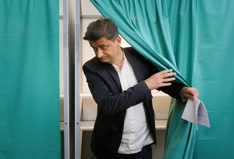 Przewodniczący Twojego Ruchu - Janusz Palikot, głosuje w wyborach do Parlamentu Europejskiego /Paweł Supernak /PAP