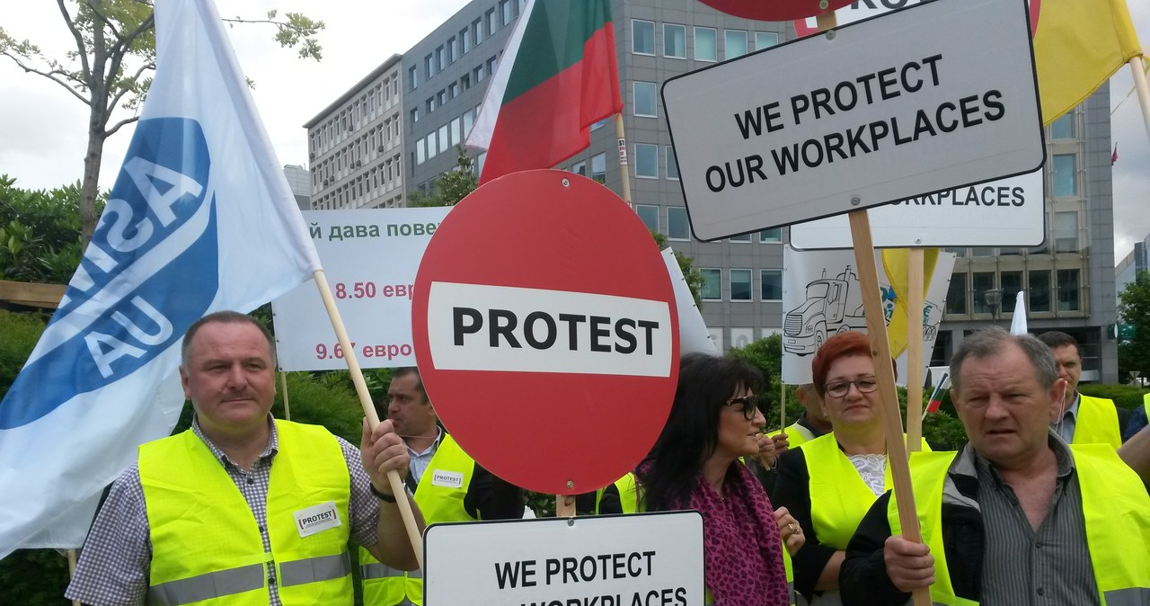 Przewoźnicy z kilkunastu krajów protestują w Brukseli przeciwko działaniom  Francji i Niemiec
