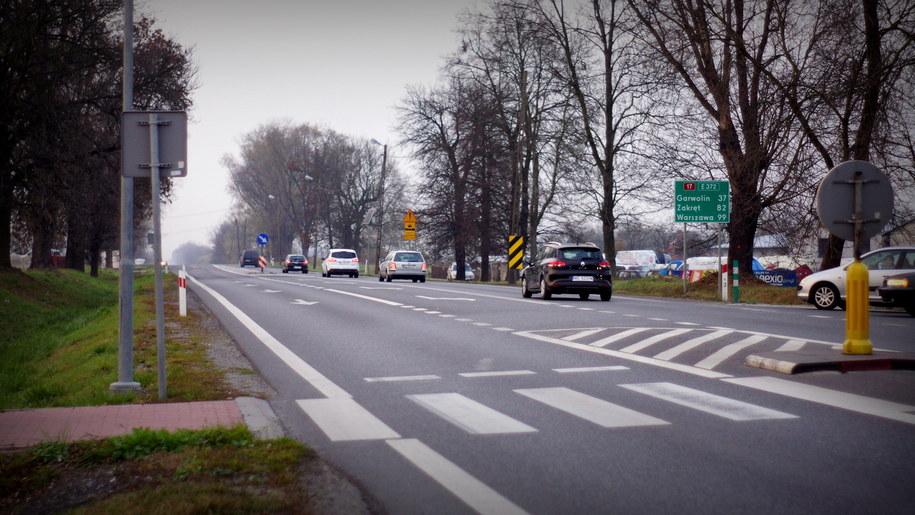 Przez Ryki przejeżdża coraz więcej aut /Michał Dukaczewski /RMF FM