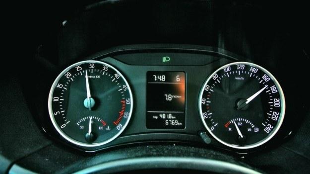 Przy 170 km/h Skoda Octavia 2.0 TDI 110 KM zużywa 7,8 l paliwa na każde 100 km. /Motor