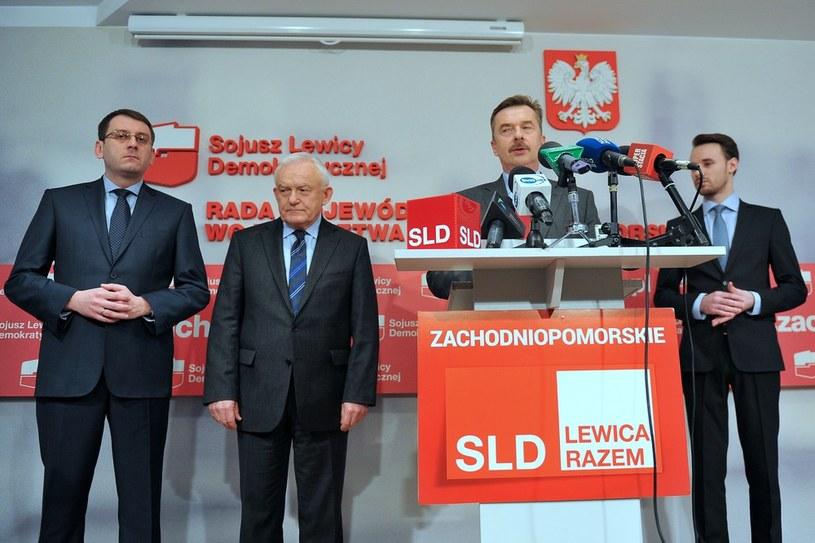 Przy mikrofonie Dariusz Wieczorek /Łukasz Szelemej /East News