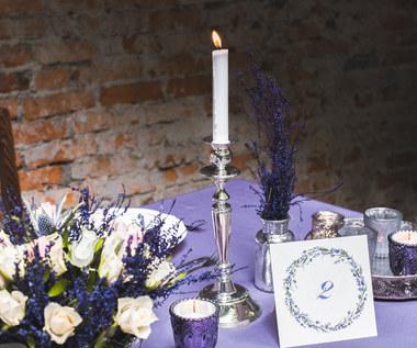 Przy pięknym, weselnym stole