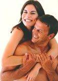 Przy pierwszych kontaktach seksualnych najlepsza jest spontaniczność /INTERIA.PL