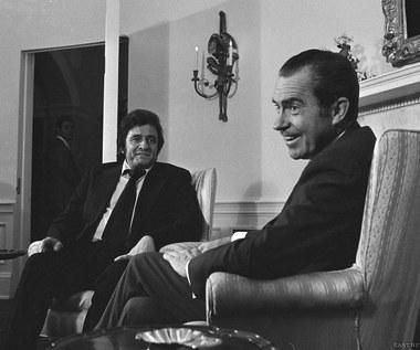 Przychodzi Cash do Nixona
